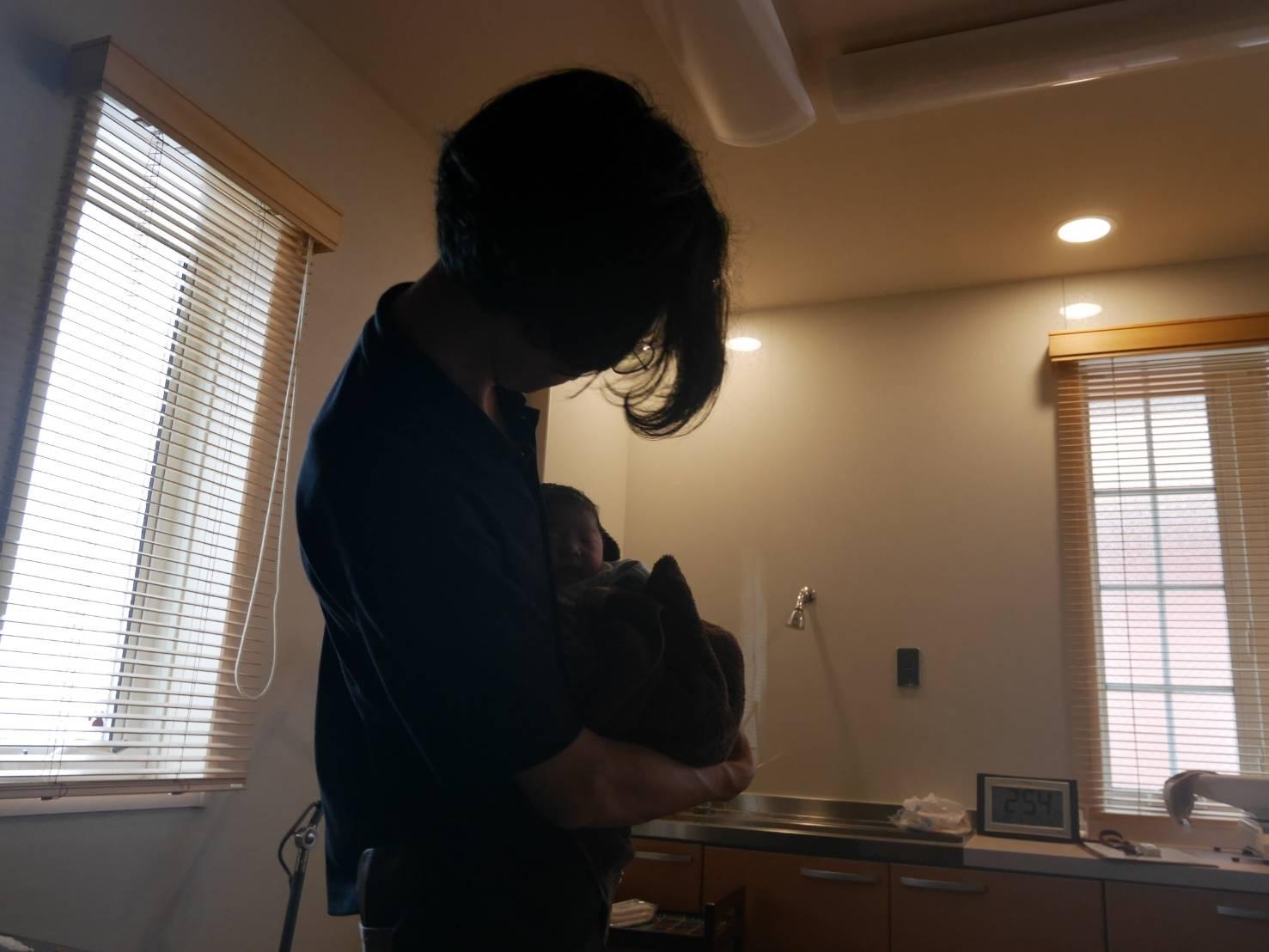 出産、母子共に健康です。
