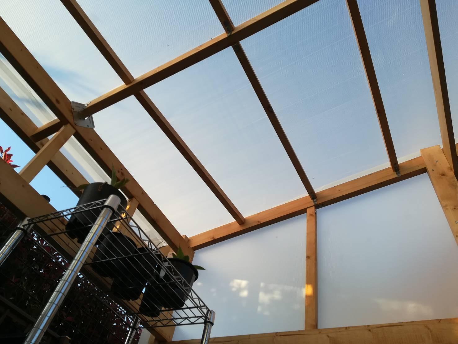 2×4材でサボテン温室(小屋)をDIYするぞ!≪後編:屋根張りして完成!≫